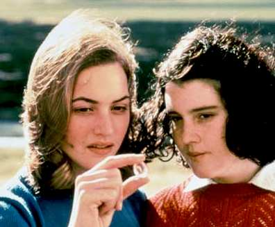Kate_Winslet_Melanie_Lynskey_in_Heavenly_Creatures